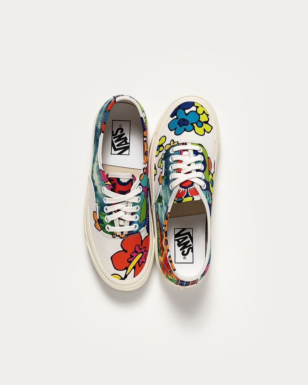 The Vans x Hoffman California Fabrics Authentic 44 DX is available on Zen!
